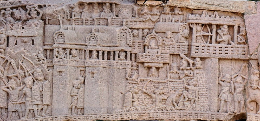 1200px-City_of_Kusinagara_in_the_War_over_the_Buddha's_Relics,_South_Gate,_Stupa_no._1,_Sanchi