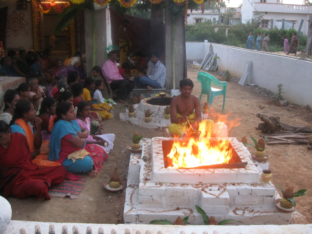 Homa_during_Sri_Thimmaraya_swamy_Pratishthapana.