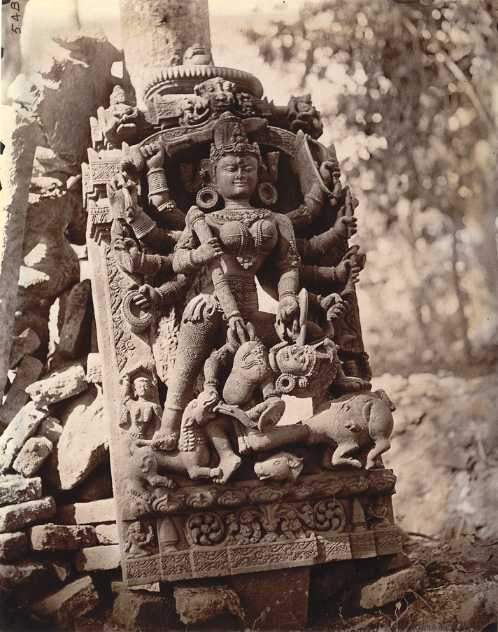 Statue_of_Durga_slaying_Mahisasura,_Dulmi,_Manbhum_district_in_1872-73