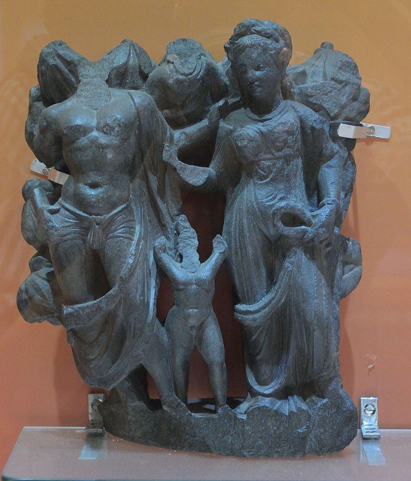 Hariti_and_Panchika_-_Schist_-_ca_2nd_Century_CE_-_Gandhara_-_Jamalgarhi_-_ACCN_G_8_-_Indian_Museum_-_Kolkata_2016-03-06_1685.JPG